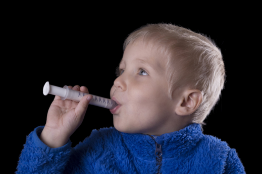 5 Essential Reminders for Parents When Giving OTC Drugs to Children
